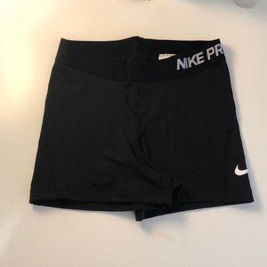 Black Nike Pros